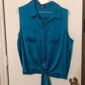 Vince Camuto sleeveless tie front top